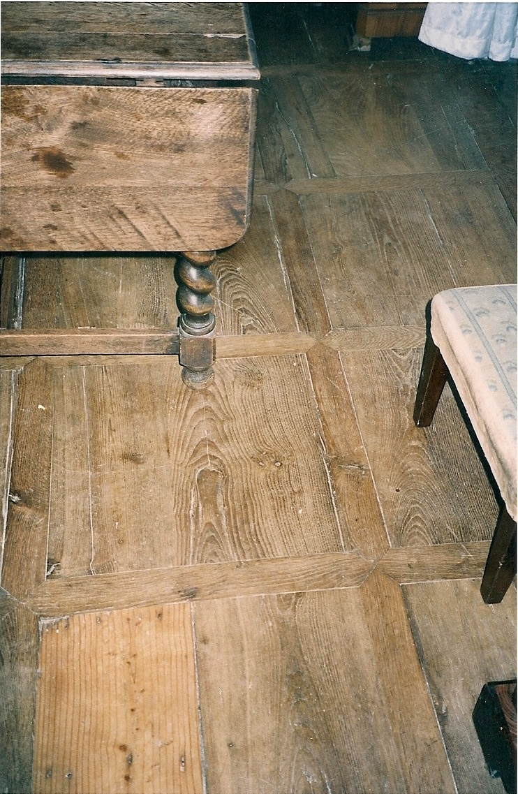 Parquet ancien en ch ne panneaux antiquaire d corateur for Cirer un parquet ancien