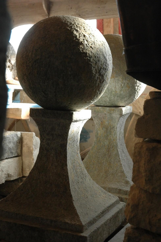 Hauts de piliers en terre cuite ton pierre