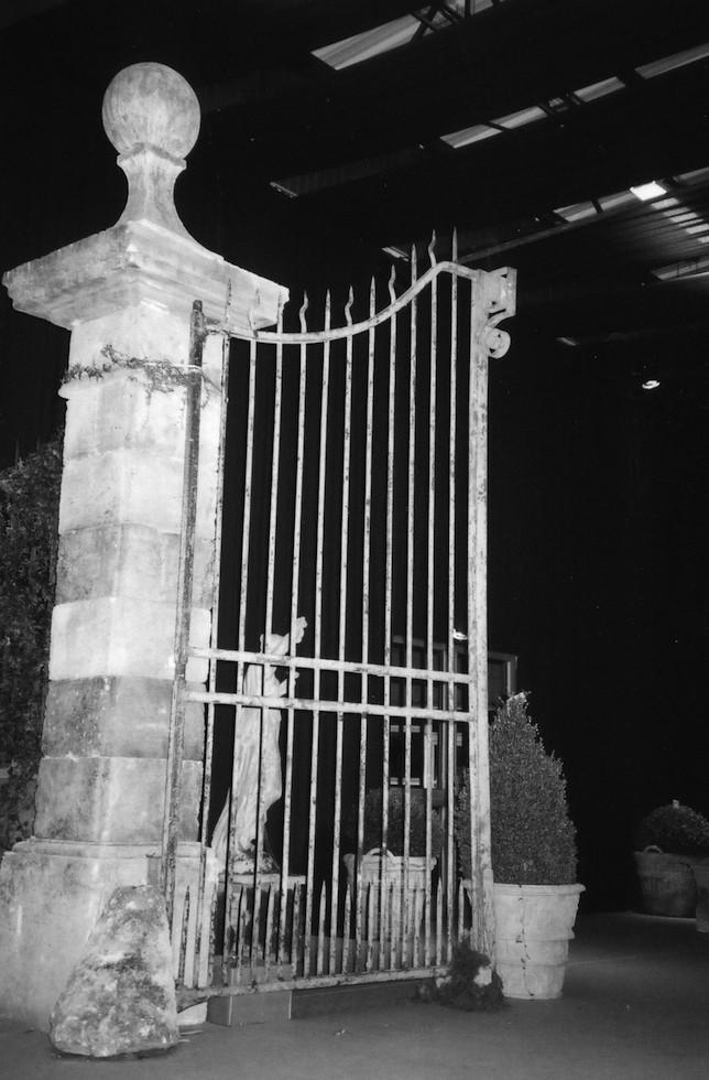 Portail d'époque début XIX ème avec piliers en pierre