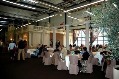 Création de décors pour réceptions ou stands
